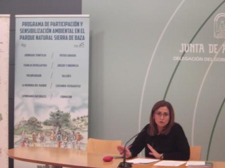 La Delegada de Medio Ambiente de Granada, Inmaculada Oria presentando los diversos programas